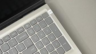 [Mới 100%] Dell Inspiron 15 5510 Model 2021 ( CORE I5-11300H/RAM 8GB/SSD 256GB/15.6INCH )